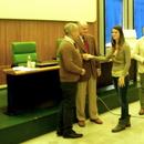 Prof. Massimo Zane (Preside), Cav. del Lav. dott. Piergiorgio Coin e una delle vincitrici